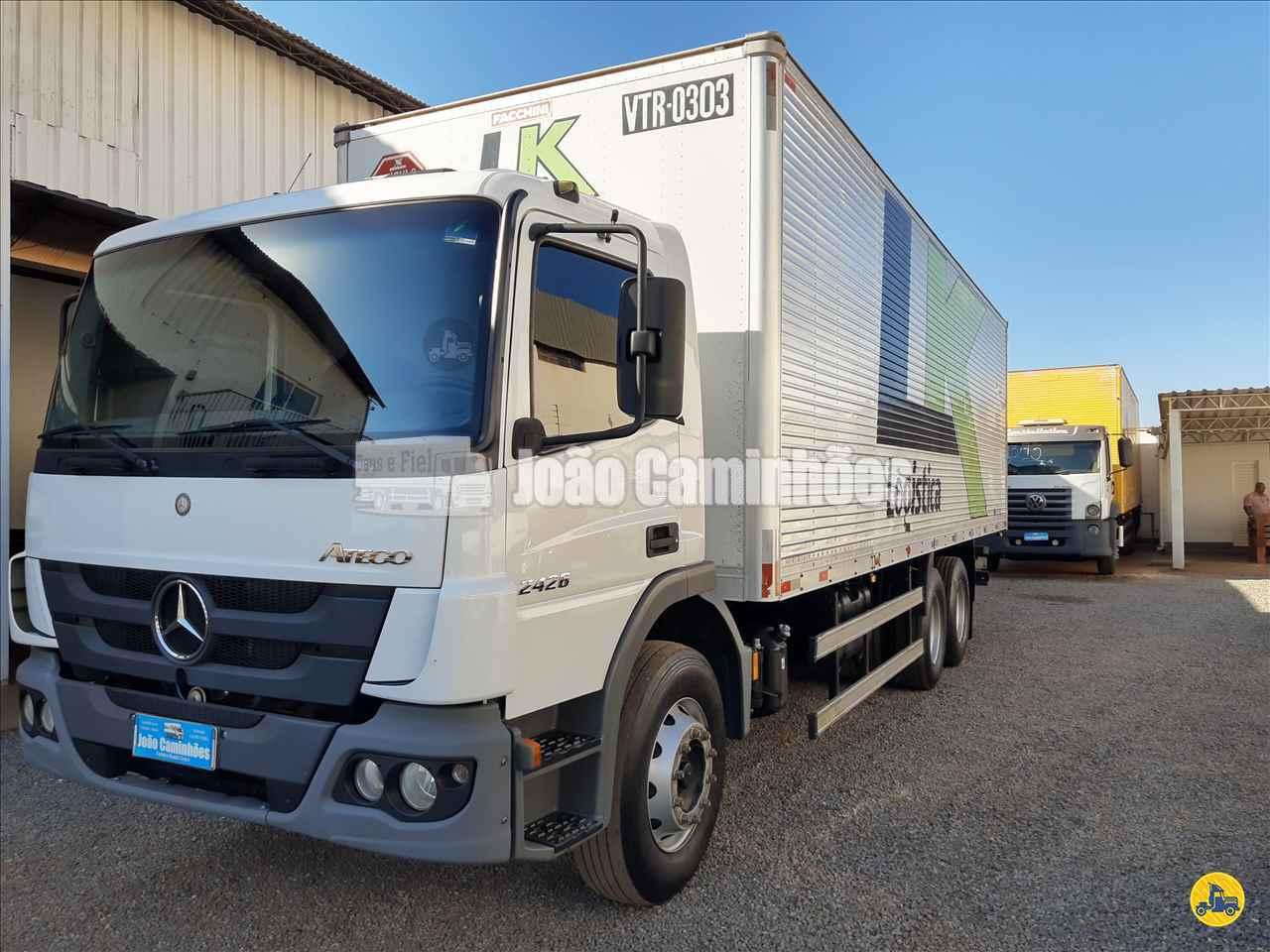 CAMINHAO MERCEDES-BENZ MB 2426 Baú Furgão Truck 6x2 João Caminhões BRASILIA DISTRITO FEDERAL DF