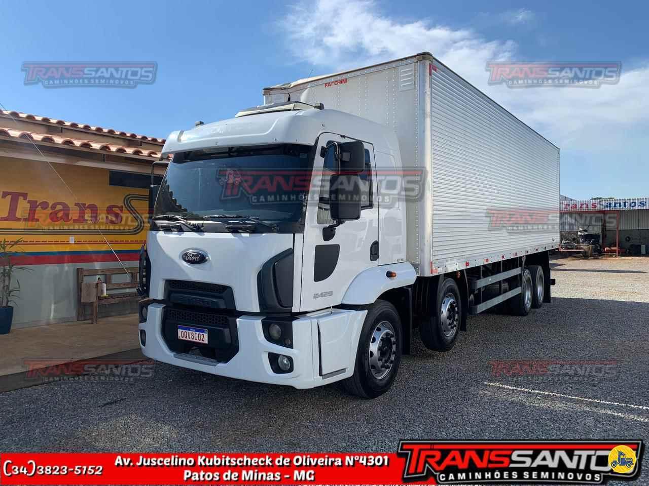 CAMINHAO FORD CARGO 2429 Baú Furgão BiTruck 8x2 TransSantos Seminovos PATOS DE MINAS MINAS GERAIS MG