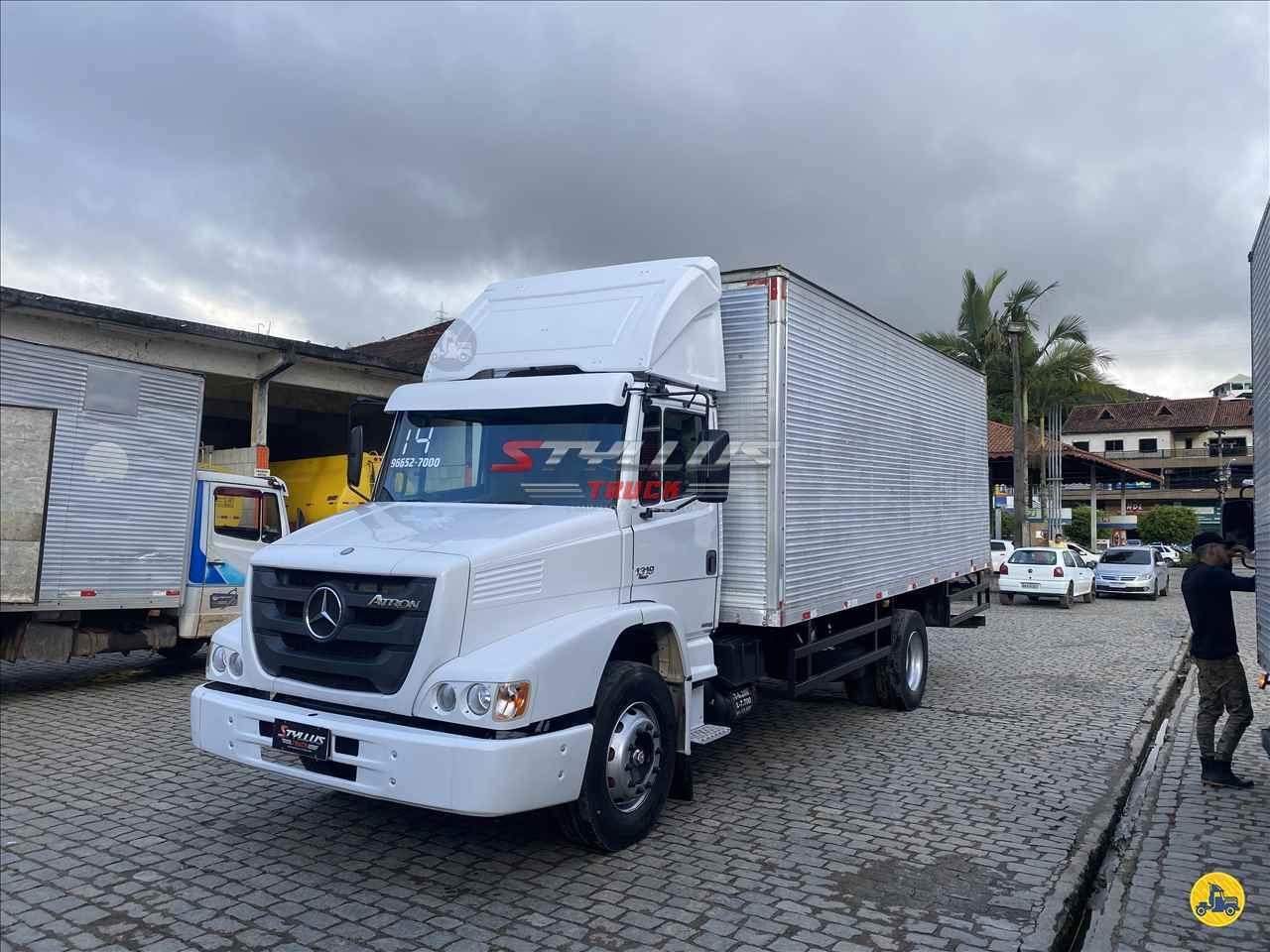 CAMINHAO MERCEDES-BENZ MB 1319 Baú Furgão Toco 4x2 Styllus Truck TERESOPOLIS RIO DE JANEIRO RJ