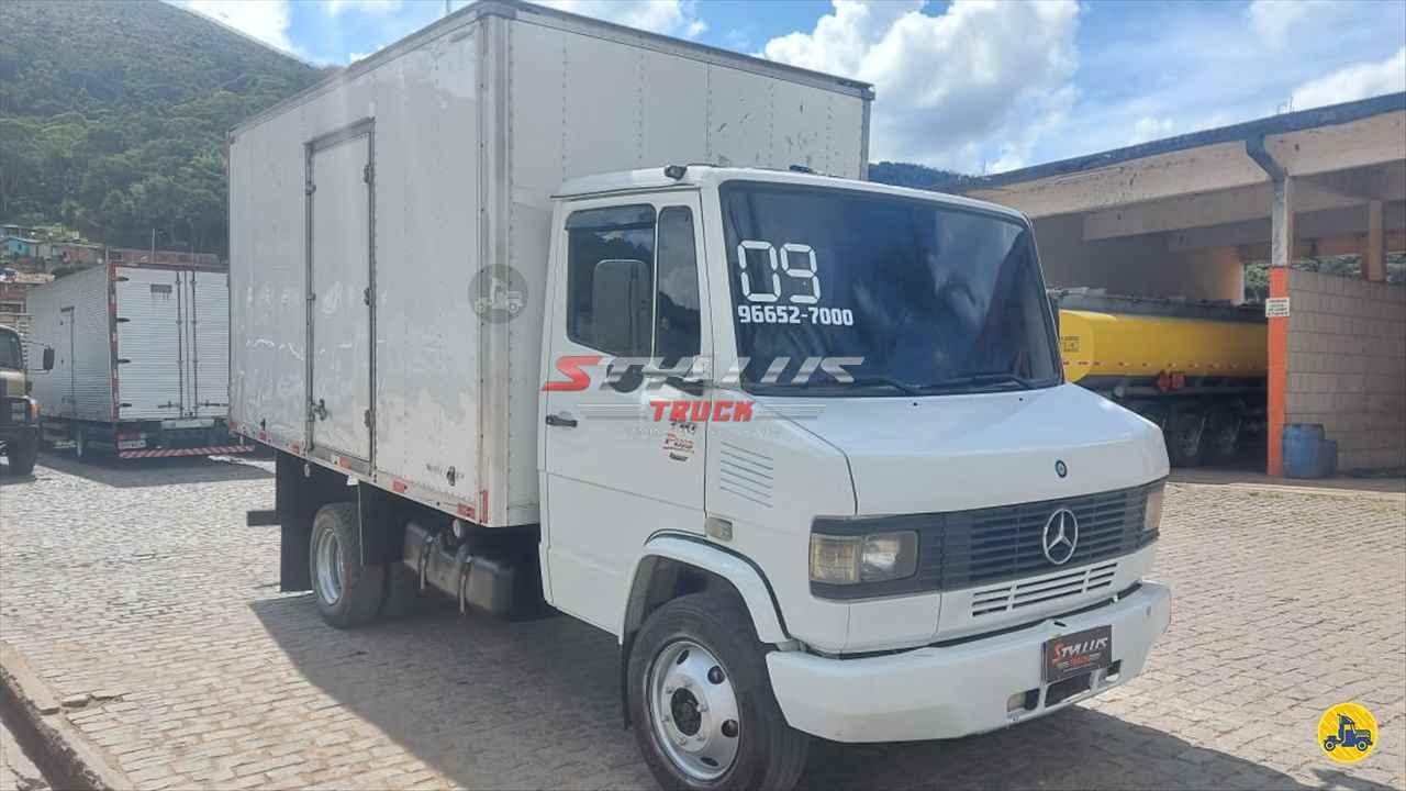 CAMINHAO MERCEDES-BENZ MB 710 Baú Furgão 3/4 4x2 Styllus Truck TERESOPOLIS RIO DE JANEIRO RJ