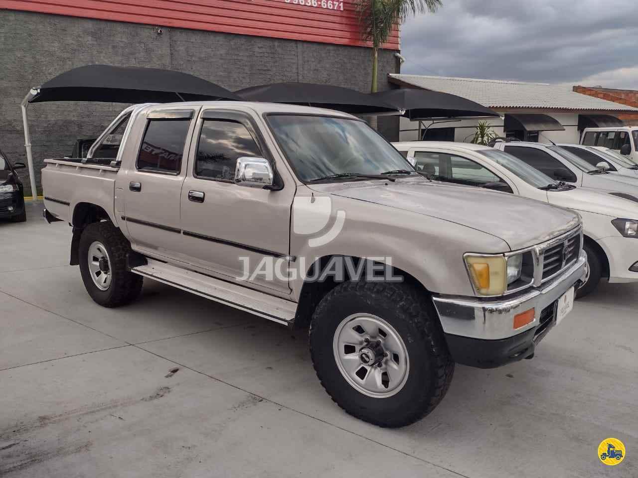 CARRO TOYOTA Hilux 2.8 SR5 Jaguavel Caminhões JAGUARIAIVA PARANÁ PR