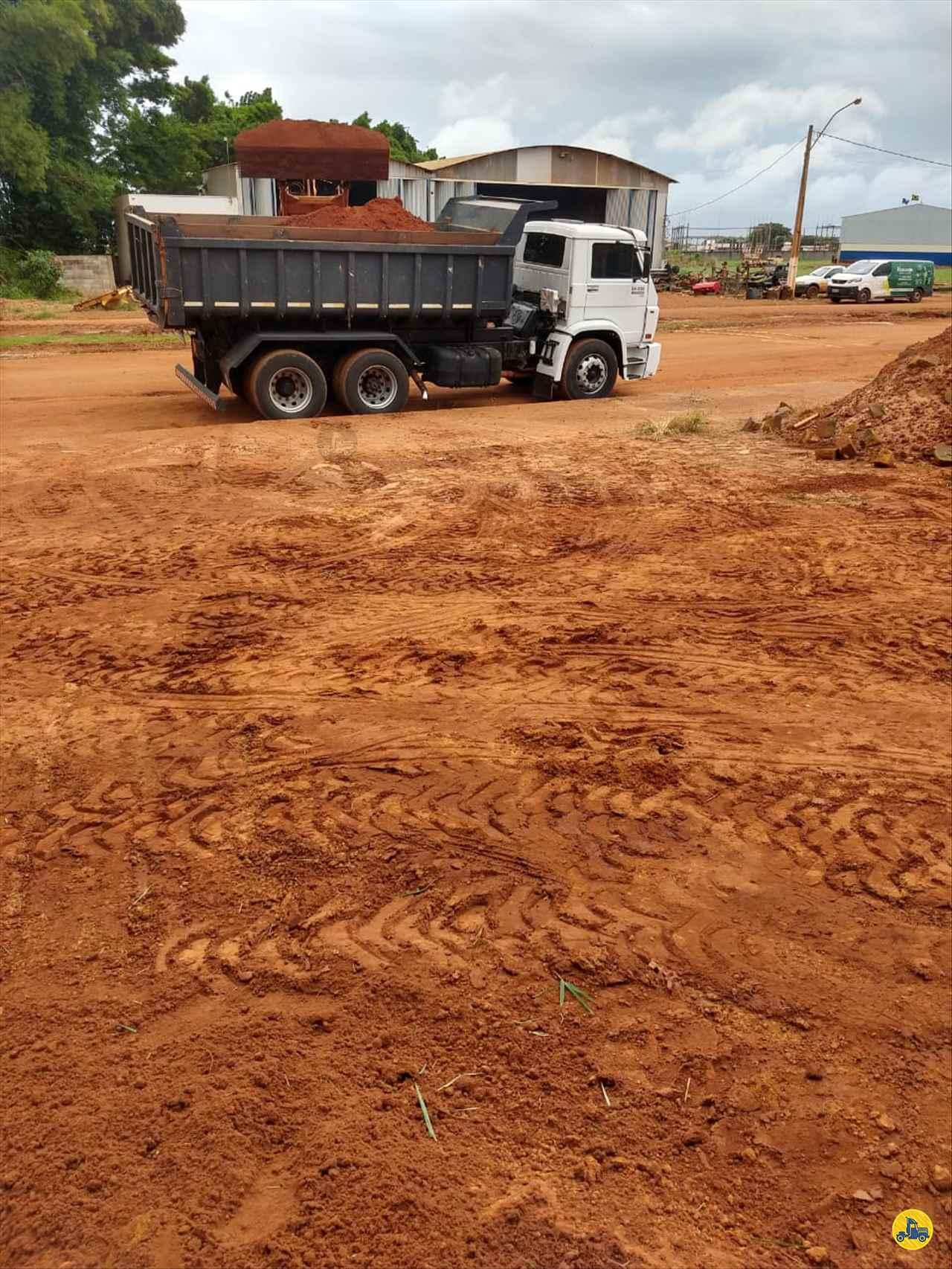 CAMINHAO VOLKSWAGEN VW 24220 Caçamba Basculante Truck 6x2 Usados Rio Verde Caminhões e Carretas RIO VERDE GOIAS GO
