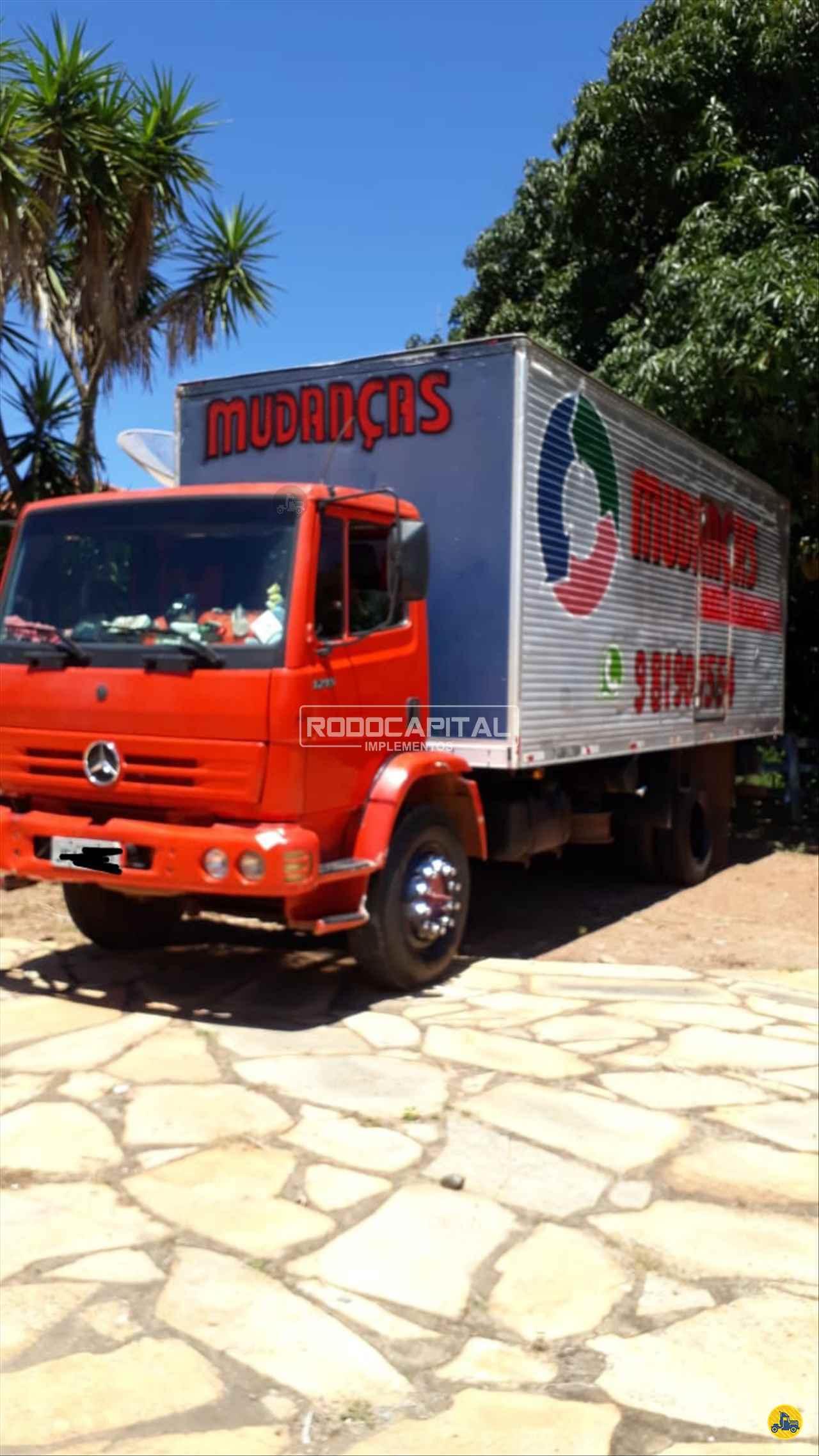 CAMINHAO MERCEDES-BENZ MB 1215 Baú Furgão Toco 4x2 RODOCAPITAL - TRUCKVAN BRASILIA DISTRITO FEDERAL DF