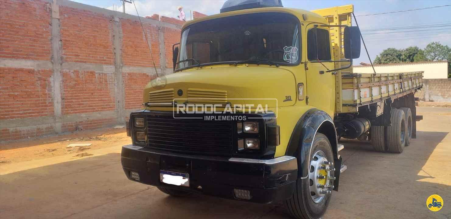 CAMINHAO MERCEDES-BENZ MB 1313 Carga Seca Truck 6x2 RODOCAPITAL - TRUCKVAN BRASILIA DISTRITO FEDERAL DF