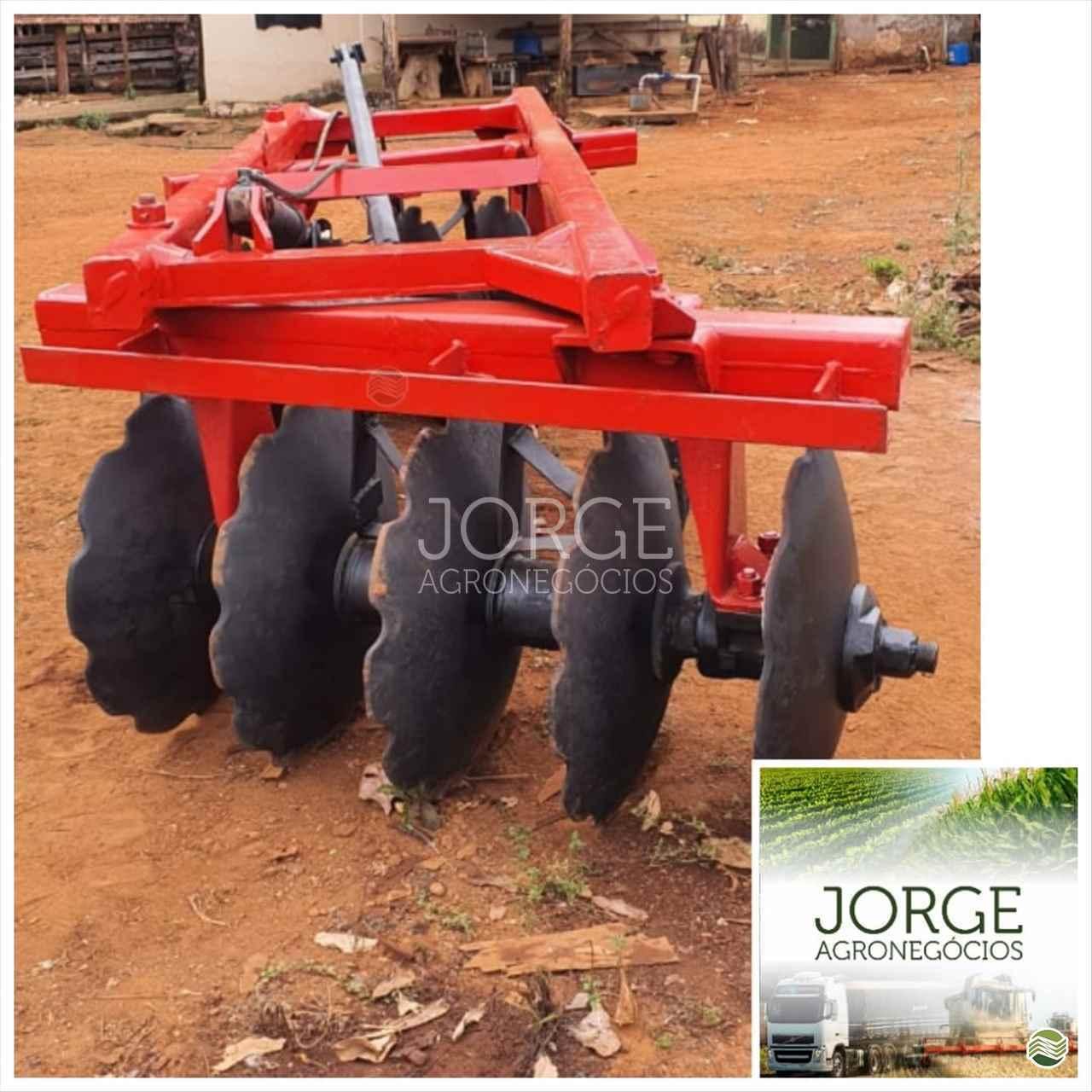 IMPLEMENTOS AGRICOLAS GRADE ARADORA ARADORA 10 DISCOS Jorge Agronegócios NOVA PONTE MINAS GERAIS MG