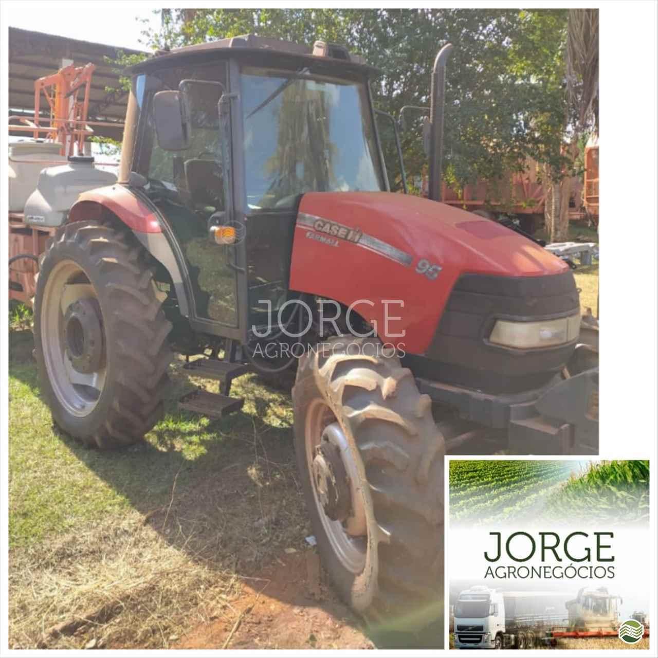 TRATOR CASE CASE Farmall 95 Tração 4x4 Jorge Agronegócios NOVA PONTE MINAS GERAIS MG