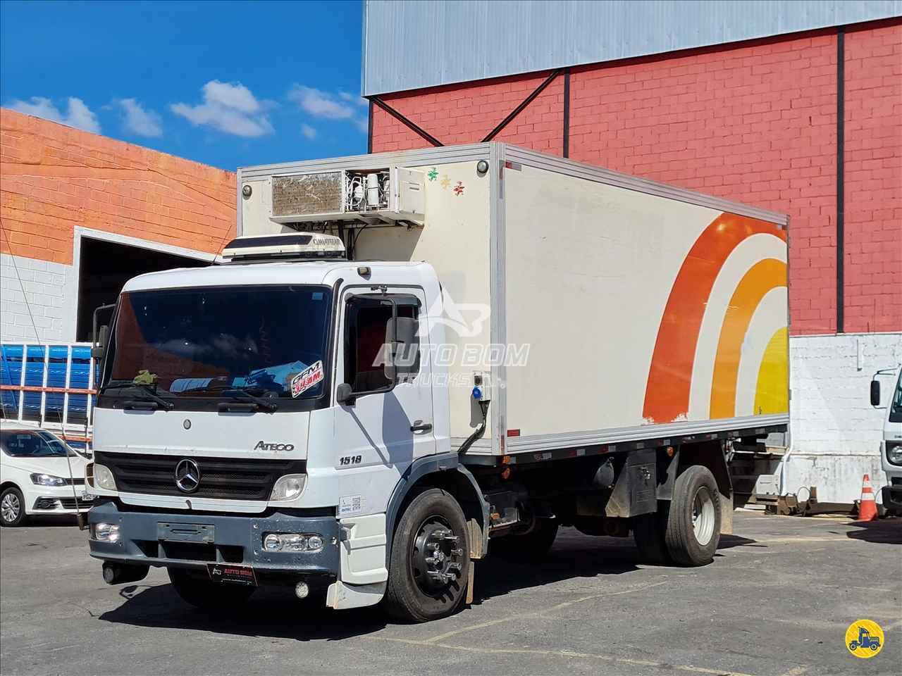 CAMINHAO MERCEDES-BENZ MB 1518 Baú Frigorífico Toco 4x2 Autobom Trucks CONTAGEM MINAS GERAIS MG
