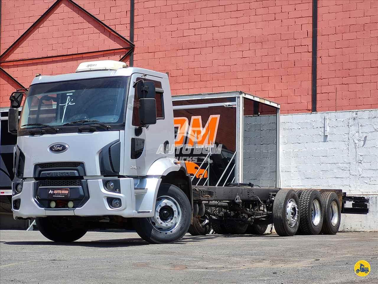CAMINHAO FORD CARGO 2423 Chassis BiTruck 8x2 Autobom Trucks CONTAGEM MINAS GERAIS MG