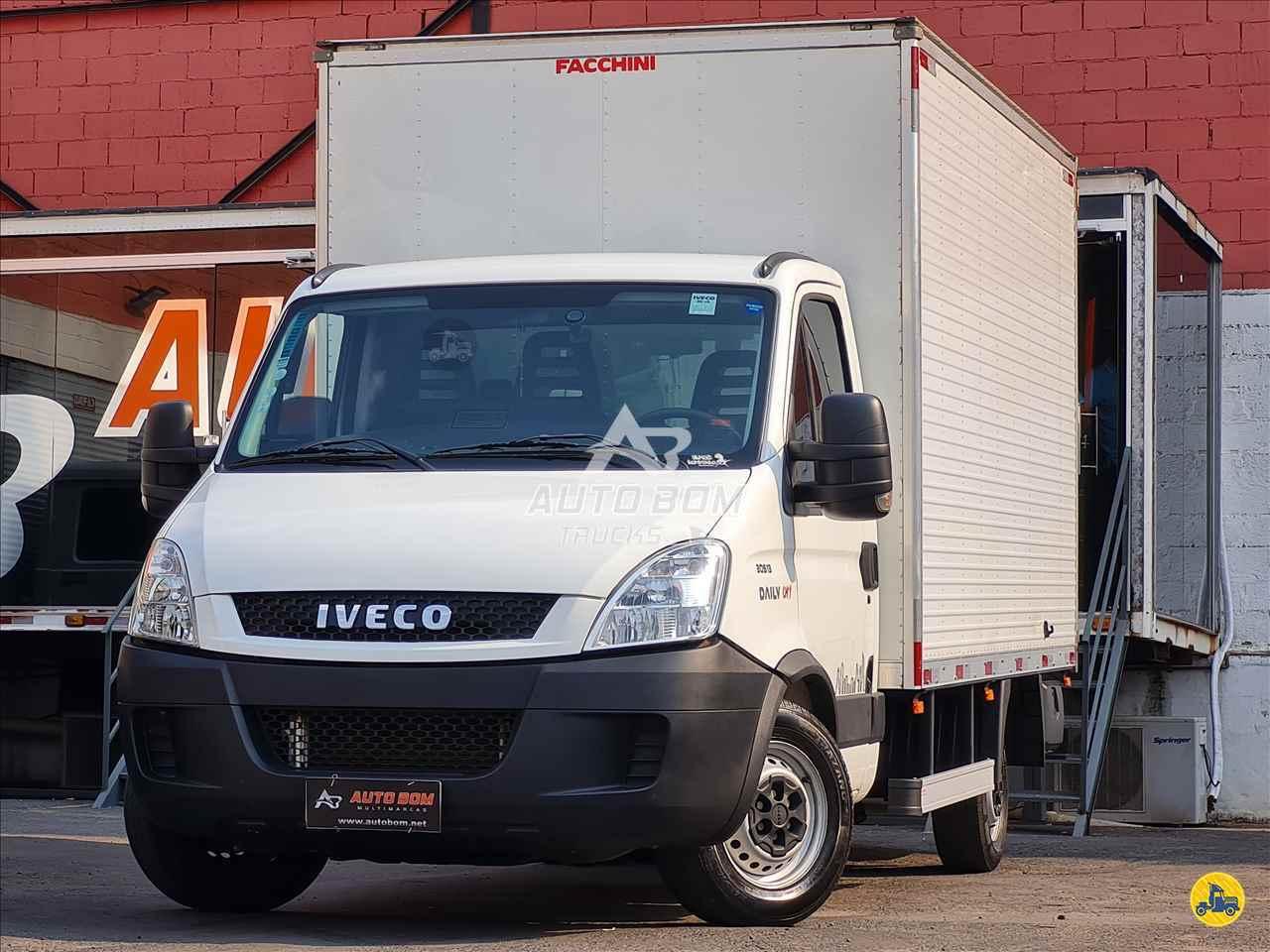 CAMINHAO IVECO DAILY 30s13  Baú Furgão 3/4 4x2 Autobom Trucks CONTAGEM MINAS GERAIS MG