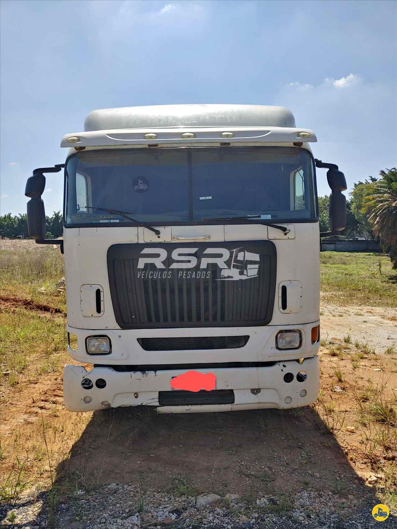 CAMINHAO INTERNATIONAL INTERNATIONAL 9800 Cavalo Mecânico Traçado 6x4 RSR Veículos Pesados SAO PAULO SÃO PAULO SP