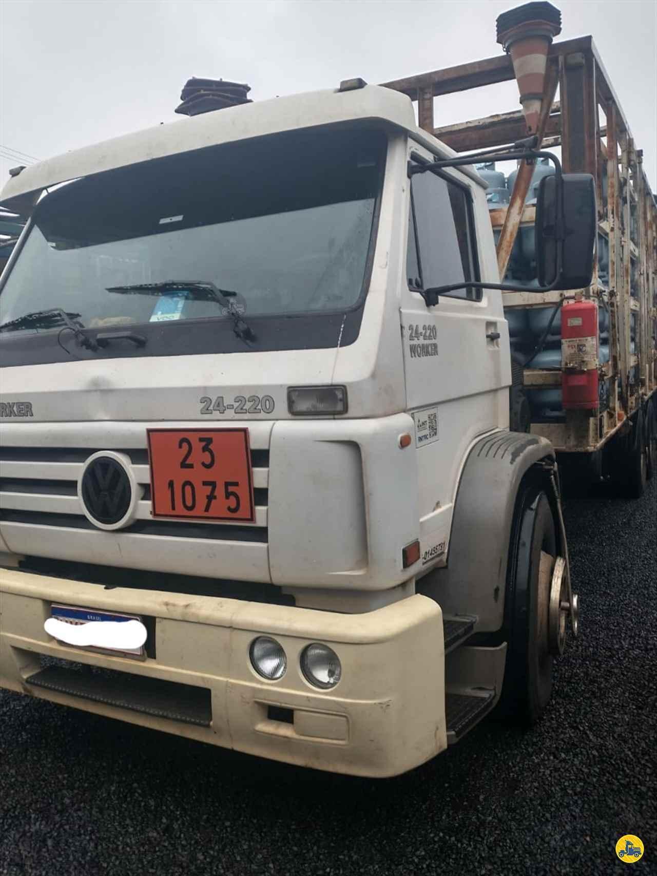 CAMINHAO VOLKSWAGEN VW 24220 Chassis Truck 6x2 Porssionatto Caminhões RIO VERDE GOIAS GO