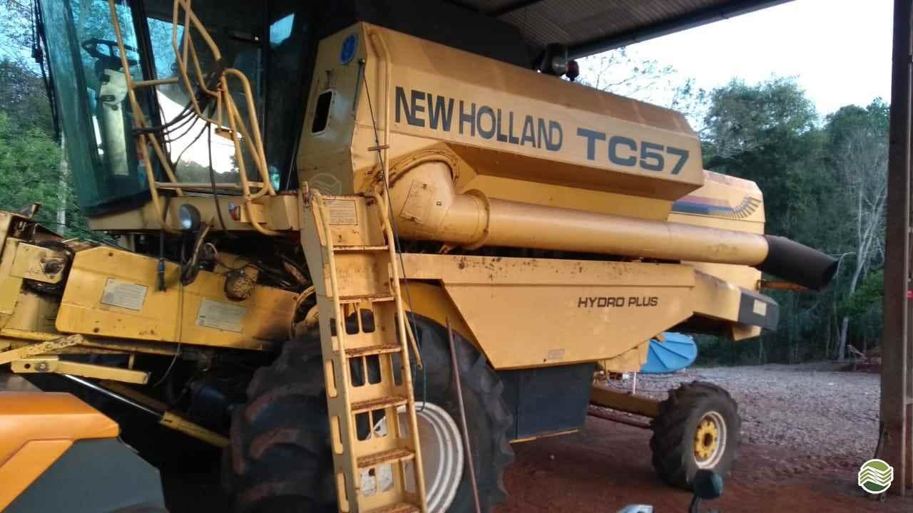 COLHEITADEIRA NEW HOLLAND TC 57 Central Agro CASCAVEL PARANÁ PR