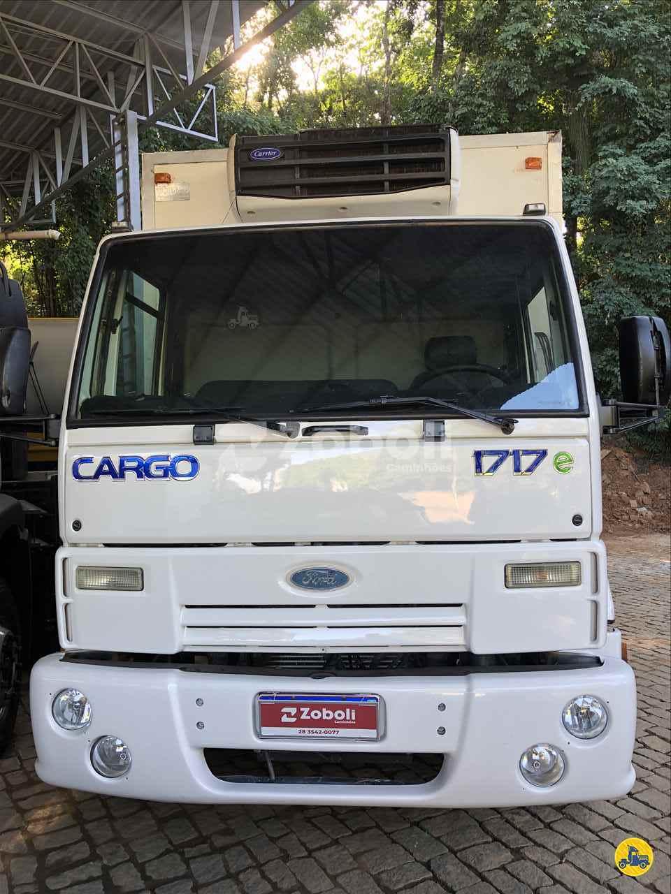 CAMINHAO FORD CARGO 1717 Baú Frigorífico Toco 4x2 Zoboli Caminhões CASTELO ESPÍRITO SANTO ES