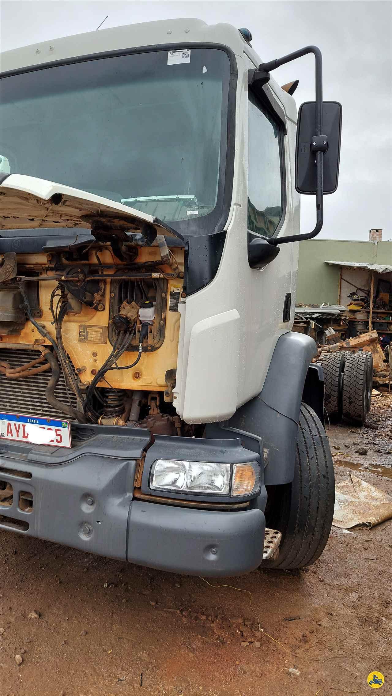 CAMINHAO VOLVO VOLVO VM 270 Chassis Traçado 6x4 CrM Caminhões e Intermediações - Sua Loja Digital CAMPINA GRANDE DO SUL PARANÁ PR