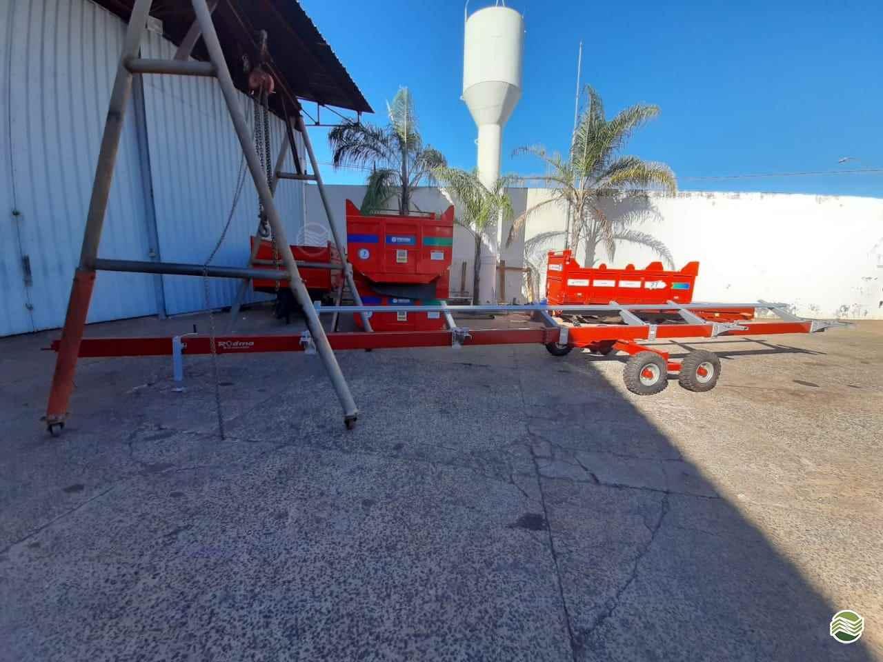 PLATAFORMA COLHEITADEIRA de Gerominho Implementos Agrícolas - UBERLANDIA/MG