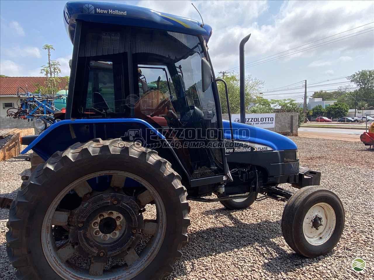 TRATOR NEW HOLLAND NEW TL 85 Tração 4x2 Pizzolotto Máquinas e Implementos Agricolas PALOTINA PARANÁ PR