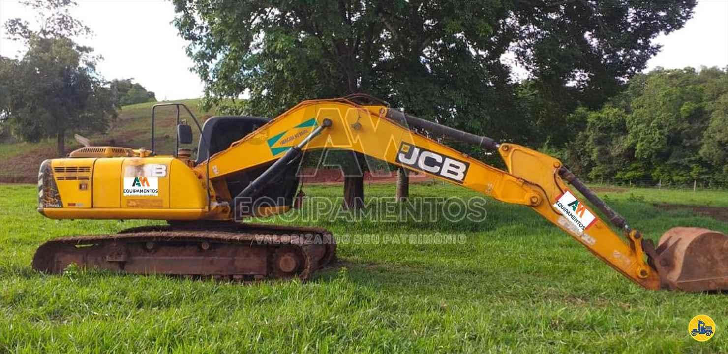 ESCAVADEIRA JCB JS200LC AM Equipamentos APARECIDA DE GOIANIA GOIAS GO